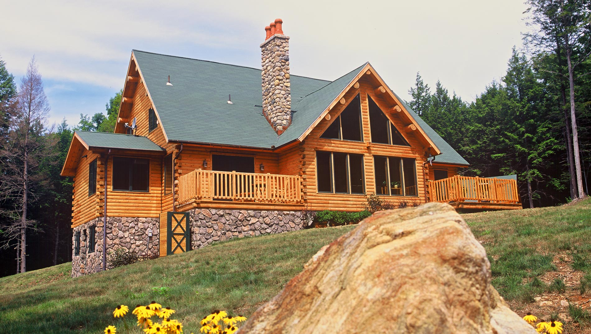 Ward cedar log homes log homes and log cabin kits for Log cabins homes