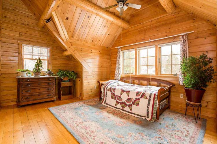 Coopersburg Log Home Loft area with dormer