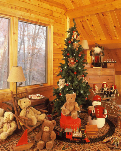 Georgetown log home during Christmas