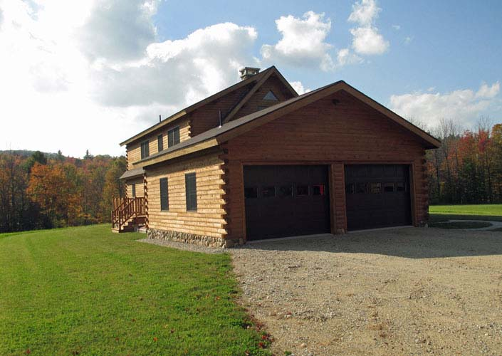 Coopersburg Log Home Garage facing driveway